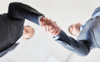 Handschlag für Darlehen zwischen Privatpersonen
