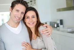 Paar mit Hausfinanzierung